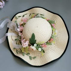 Ladies ' Særlige/Glamourøse/Elegant/Enkle/Iøjnefaldende/Fancy Raffia Straw med Blomst Stråhat/Strand / Sun Hatte