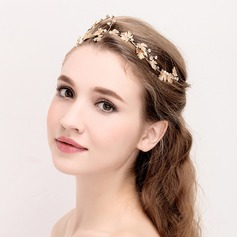 Ladies Beautiful Rhinestone/Alloy Tiaras (042114396)
