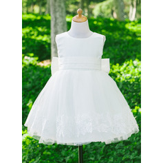 A-Line Knee-length Flower Girl Dress - Satin/Tulle Sleeveless Scoop Neck With Bow(s) (010086708)