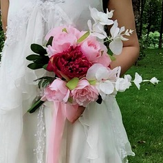 Hand-tied Silk Flower Bridal Bouquets (Sold in a single piece) -