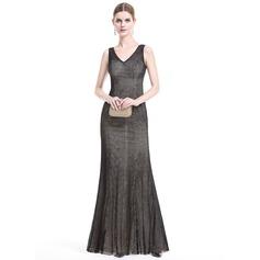 Платье-чехол V-образный Длина до пола Кружева Вечерние Платье