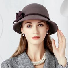 Damer' Enastående Ull med Blomma Diskett Hat