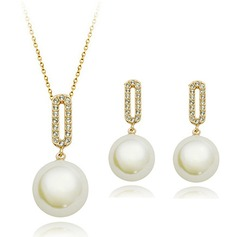 Gorgeous Pearl/Rhinestones Ladies' Jewelry Sets