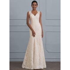 Trumpet/Mermaid V-neck Floor-Length Lace Wedding Dress