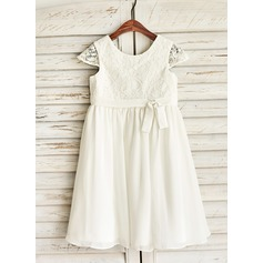 A-Line/Princess Knee-length Flower Girl Dress - Chiffon Short Sleeves Scoop Neck With Bow(s) (010091213)