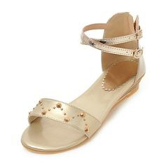 Женщины кожа Низкий каблук Сандалии Открытый мыс Босоножки с заклепки пряжка обувь
