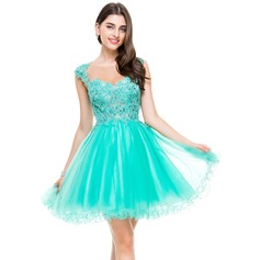 A-linje Sweetheart Kort/Mini Tyl Homecoming Kjole med Perlebesat Applikationer Lace pailletter