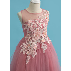 Ball-Gown/Princess Tea-length Flower Girl Dress - Tulle Sleeveless Scoop Neck With Lace/Beading (010225304)