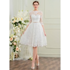 A-Line Scoop Neck Knee-Length Lace Wedding Dress With Bow(s)
