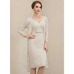 Sheath/Column V-neck Knee-Length Chiffon Lace Cocktail Dress With Bow(s)