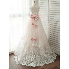 Ball-Gown/Princess Scoop Neck Court Train Junior Bridesmaid Dress With Lace Beading Bow(s)