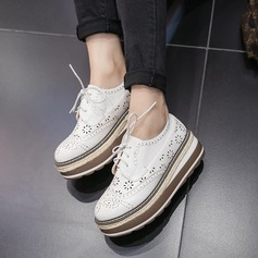 Mulheres Microfiber Læder Plataforma Fechados Calços com Aplicação de renda sapatos