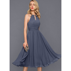 A-Line Scoop Neck Knee-Length Chiffon Cocktail Dress With Ruffle (016140368)