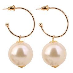 Vackra Och Fauxen Pärla koppar med Oäkta Pearl Kvinnor Mode örhängen (Set av 2)