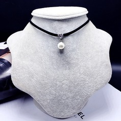 Chic Alloy With Imitation Pearl Ladies' Fashion Necklace