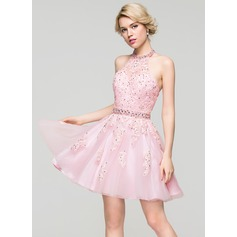 A-Line/Princess Halter Short/Mini Tulle Lace Homecoming Dress With Beading Sequins (022087602)