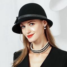 Damer' Enkel Ull med Bowknot Kastare / Cloche Hat
