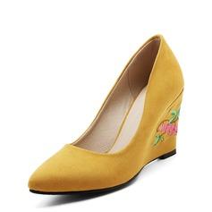 Kvinnor Mocka Kilklack Pumps Stängt Toe Kilar med Smycken Heel skor