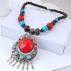 Unique Alloy Resin Women's Fashion Necklace