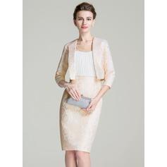 Etui-Linie U-Ausschnitt Knielang Chiffon Lace Kleid für die Brautmutter mit Rüschen Perlen verziert Pailletten (008072691)
