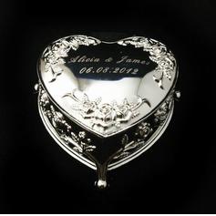 Personlig Hjärta Formad Zinklegering Smycken Innehavare