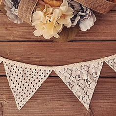 Triangle Elegant Lace/Linen Wedding Ornaments
