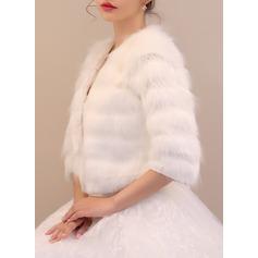 Faux Fur Mode Wrap