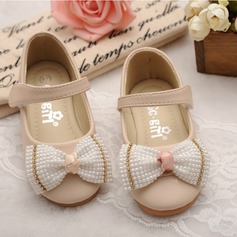 Girl's Closed Toe Leatherette Flat Heel Flats Flower Girl Shoes With Bowknot Imitation Pearl Velcro (207112420)