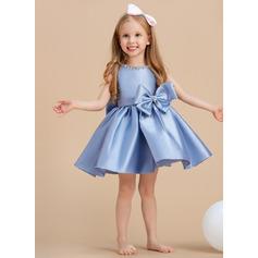 Ball-Gown/Princess Knee-length Flower Girl Dress - Satin Sleeveless Scoop Neck With Bow(s)/Rhinestone