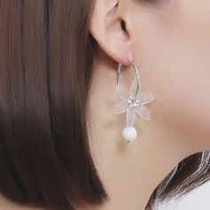 Unique Alloy With Imitation Pearl Resin Women's Fashion Earrings