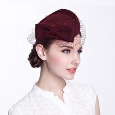 Señoras' Hermoso con Tul Boina Sombrero