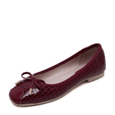 Frauen PU Flascher Absatz Flache Schuhe Geschlossene Zehe mit Bowknot Schuhe