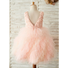A-Line/Princess Knee-length Flower Girl Dress - Tulle/Lace Sleeveless Scoop Neck With V Back (010153229)