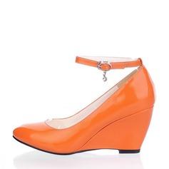 Kvinnor Lackskinn Kilklack Stängt Toe Kilar med Strass skor