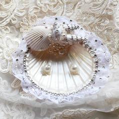 Ewigkeit Ring Kissen in Muschel mit Strasssteine/Faux-Perlen/Spitze