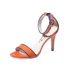 Mulheres Couro Salto agulha Sandálias com Fivela sapatos