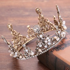 Ladies Elegant Rhinestone/Alloy/Imitation Pearls Tiaras With Rhinestone/Venetian Pearl (Sold in single piece) (042199654)