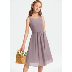 A-Line Scoop Neck Knee-Length Chiffon Junior Bridesmaid Dress With Ruffle