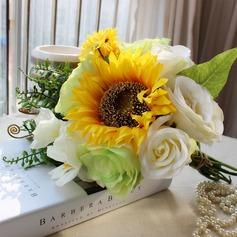 Ainutlaatuinen auringonkukka Vapaamuotoinen Satiini Morsiamen kukkakimppuihin -