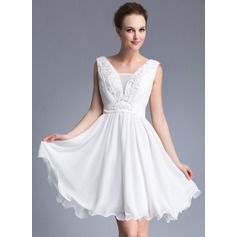 A-Line/Princess V-neck Short/Mini Chiffon Cocktail Dress With Beading Appliques Lace Sequins
