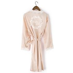Personalizado Renda Noiva Dama de honra Mãe Dama de honra júnior Vestes De Renda Roupões Bordados