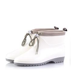 Naisten PVC Matala heel Kengät Mid-calf saappaat Kumisaappaat jossa Nauhakenkä kengät