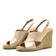 Kvinnor PVC Kilklack Sandaler Pumps Kilar Peep Toe Slingbacks med Spänne skor