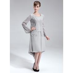 Corte A/Princesa Escote en V Asimétrico Chifón Vestido de madrina con Bordado