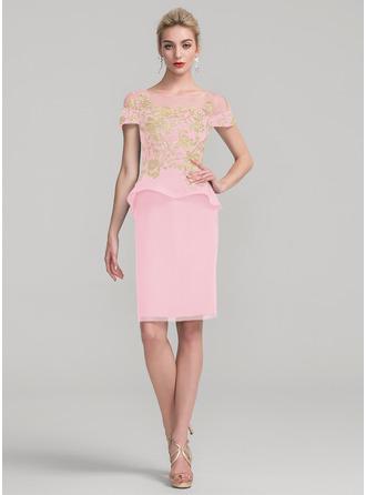 Etui-Linie U-Ausschnitt Knielang Chiffon Kleid für die Brautmutter mit Spitze Gestufte Rüschen
