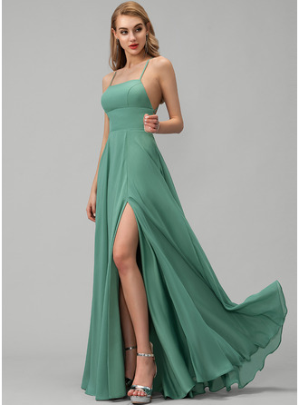 Simple Sexy Sweet & Flow Wedding Guest Dresses Square Neck Sleeveless Maxi Dresses