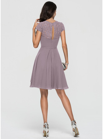 A-Line Scoop Neck Knee-Length Chiffon Homecoming Dress With Lace Cascading Ruffles