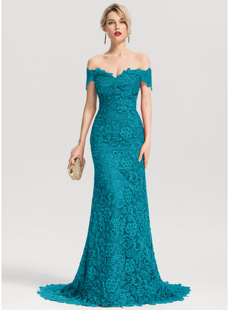 Trumpet/Mermaid Off-the-Shoulder Sweep Train Lace Prom Dresses