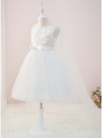 Ball-Gown/Princess Knee-length/Court Train Flower Girl Dress - Tulle/Lace Sleeveless V-neck With Beading/Flower(s)
