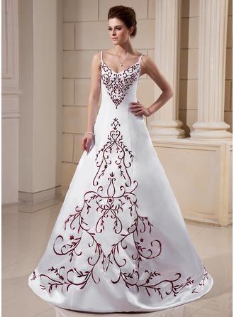 Corte A/Princesa Escote en V Barrer/Cepillo tren Satén Vestido de novia con Bordado